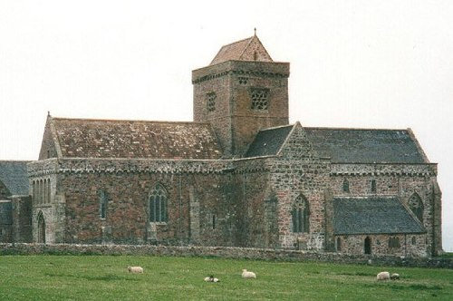 Iona Abbey.jpg
